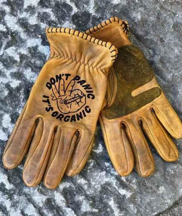 Custom Don'tPanic Leather Gloves